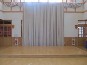 山田町 大沢保育園 ホール