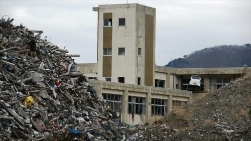 今の東中学生が震災当時通っていた鵜住居小学校